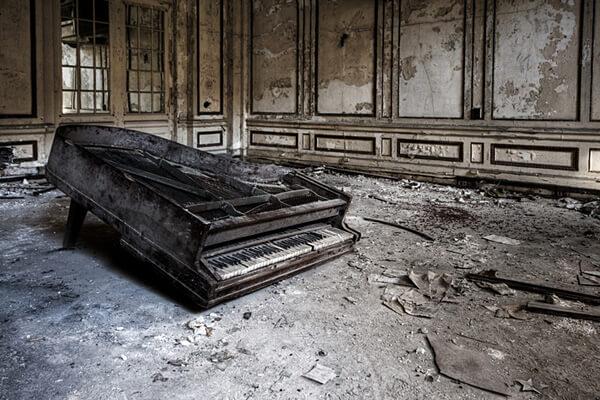 Detroit Piano, Architectural Photographer - Rick Harris
