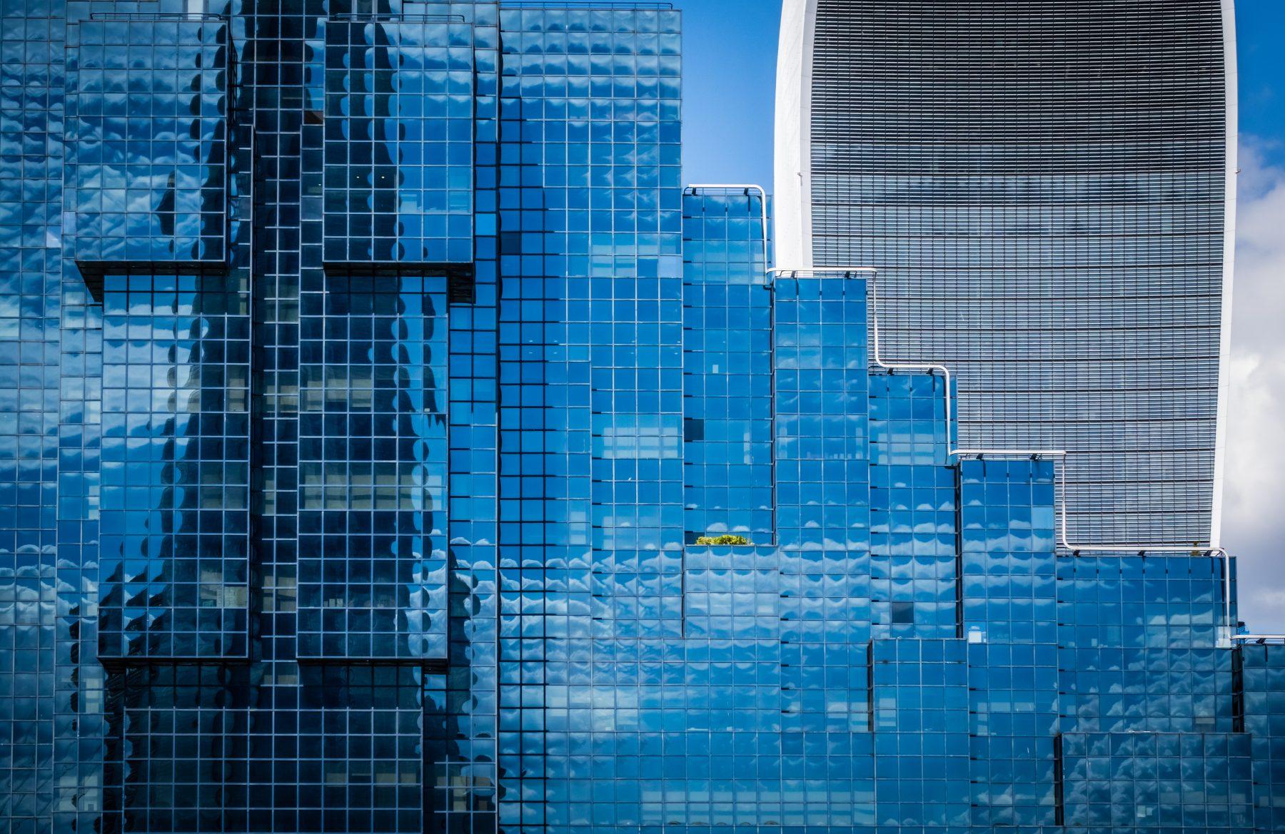 Digital asset management for construction projects.