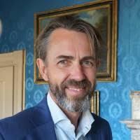H Henriksen